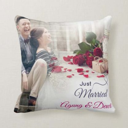 Kado Pernikahan Inspirasi Bantal Custom