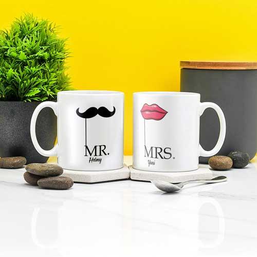 Hadiah Pernikahan untuk Sahabat Perempuan tema mr mrs