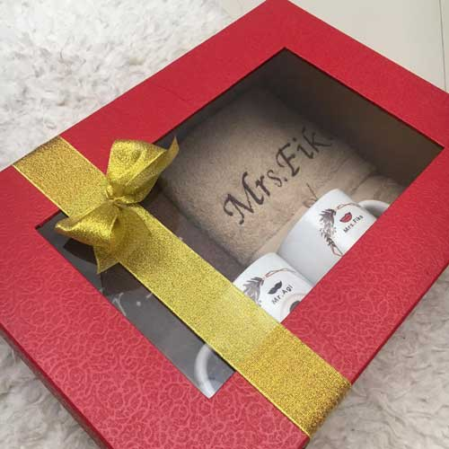 Hadiah Pernikahan untuk Sahabat Perempuan paket handuk packing box