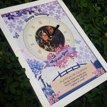 Kado Pernikahan Untuk Sahabat Berupa Jam Custom Frame Foto