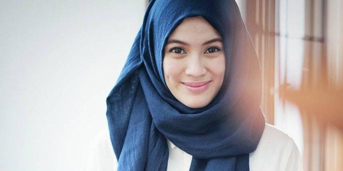 Jilbab atau pashmina
