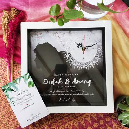 Jam Custom Unik HS-10 | Hadiah Yang Cocok Untuk Pernikahan Teman