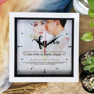 Jam Custom Kode SPC-26 Kado Ultah Untuk Pacar Wanita Romantis